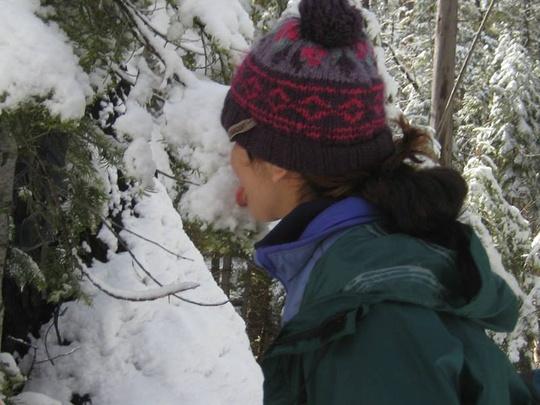 Mariana Eats Snow